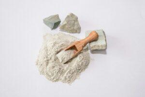 Zeolit – naturalny superabsorbent wody w glebie