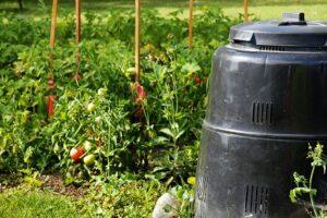 Kompostownik ogrodowy plastikowy